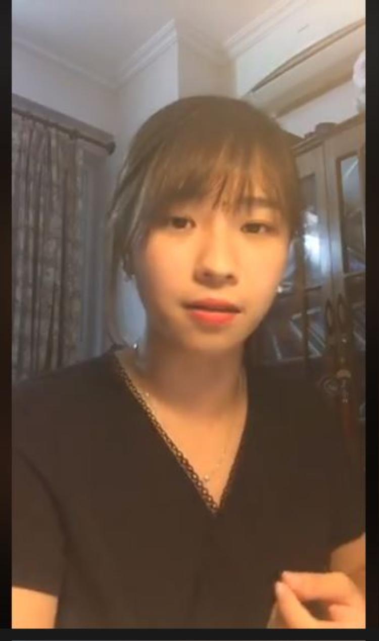 Trước ngày thi THPT Quốc gia, gặp 9X xinh đẹp thường xuyên livestream hướng dẫn ôn Ngữ văn khiến dân mạng phát sốt