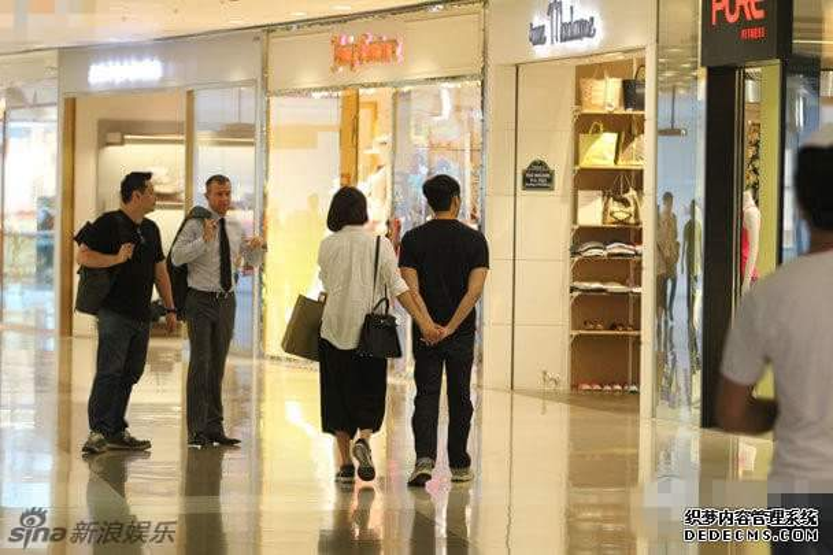 Những chuyện tình cổ tích đáng ngưỡng mộ của các diễn viên TVB (P1)