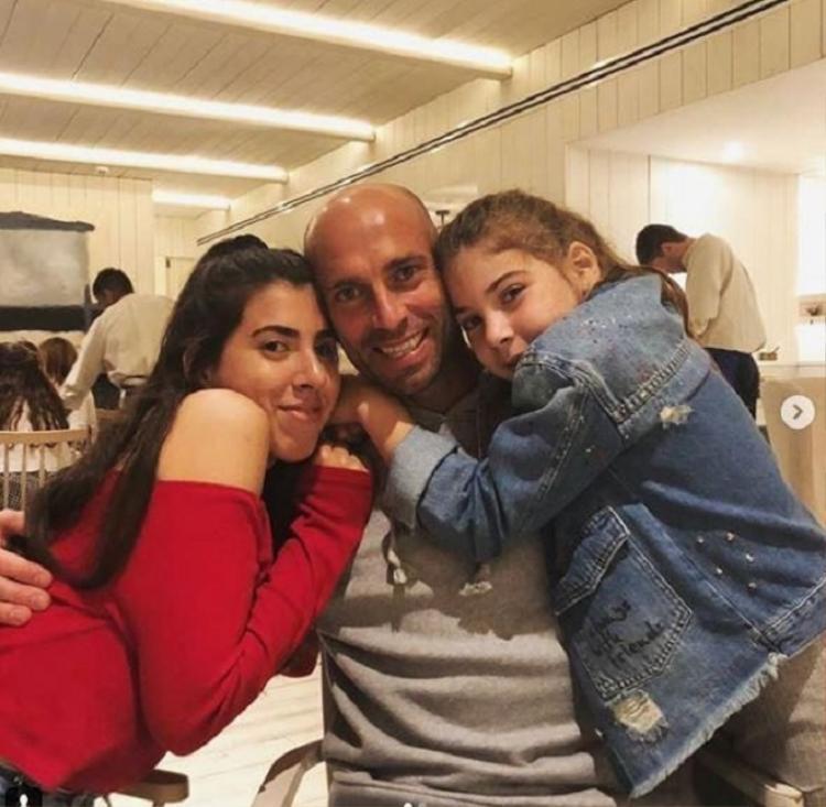 Gia đình Caballero đang sống trong chuỗi ngày lo lắng vì sự đe dọa từ những kẻ quá khích. Ảnh: Instagram.