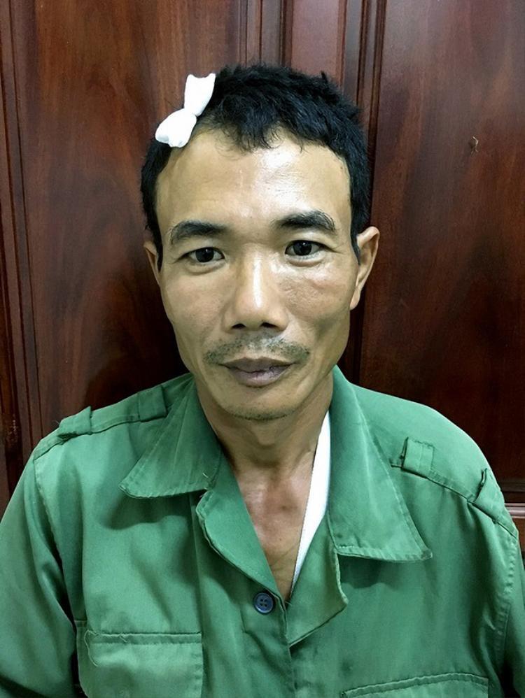 Nguyễn Văn Hùng tại cơ quan công an. Ảnh: Dân Trí.