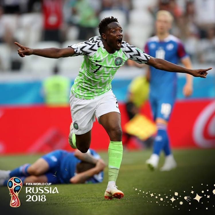 Musa đã trở thành người hùng với cú đúp bàn thắng. Ảnh: FIFA