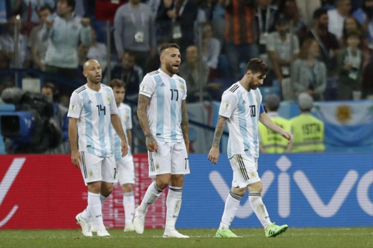 Argentina vẫn còn hy vọng đi tiếp. Ảnh: Getty.