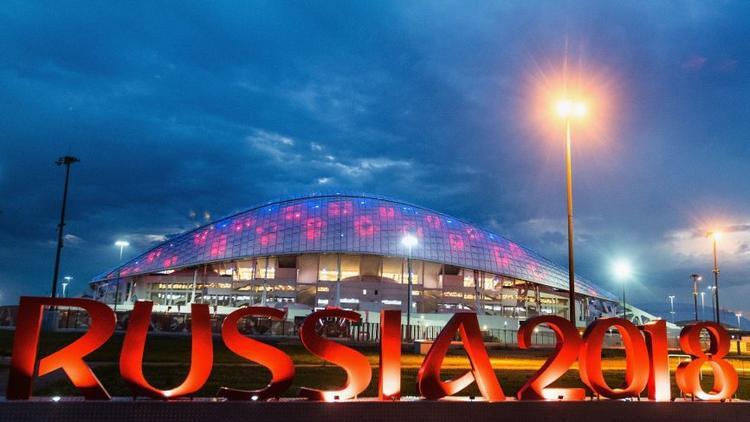 Đội Mỹ không tham dự World Cup 2018 trong khi đó các trận đấu lại diễn ra vào giờ đi làm khiến World Cup năm nay không còn hấp dẫn với người Mỹ.
