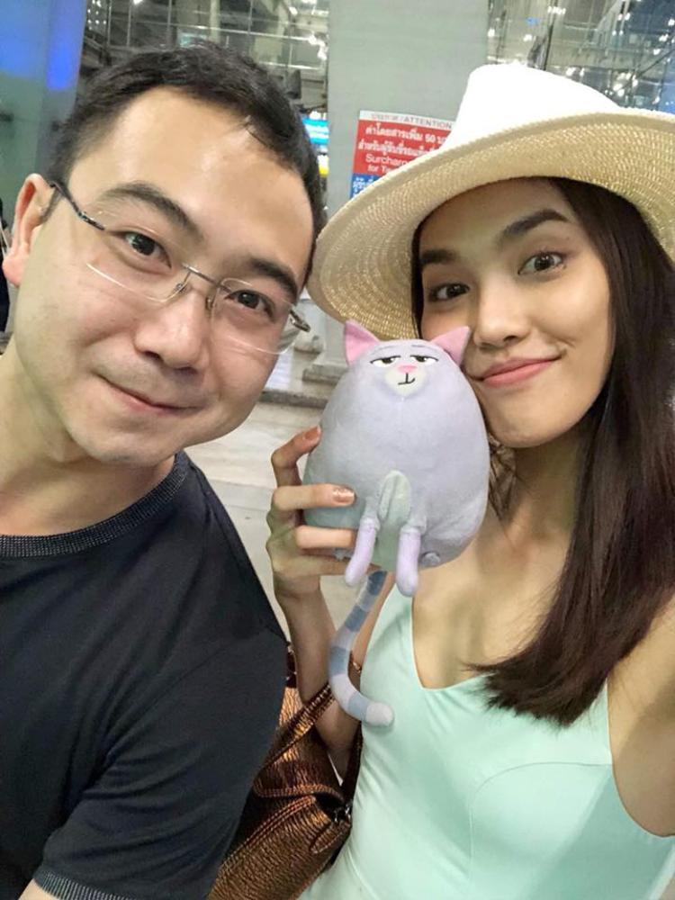 John Tuấn Nguyễn bất ngờ đăng ảnh chụp cùng Lan Khuê trên trang cá nhân.