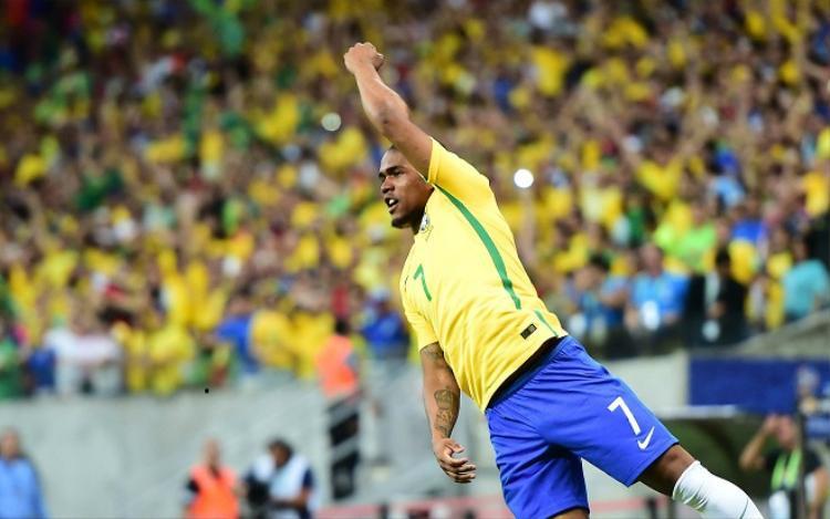 Douglas Costa đã thi đấu rất hay trong trận đấu với Costa Rica. Ảnh: Goal.com.