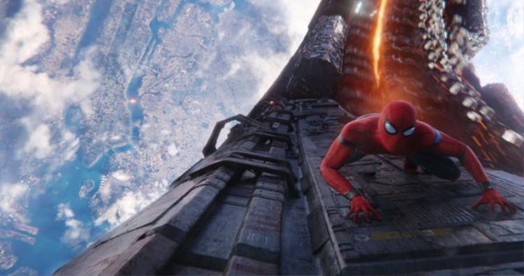 Không chỉ spoil nội dung Avengers 3, Nhện Teen Tom Holland vừa nói luôn tựa đề phần 2 Spider-man