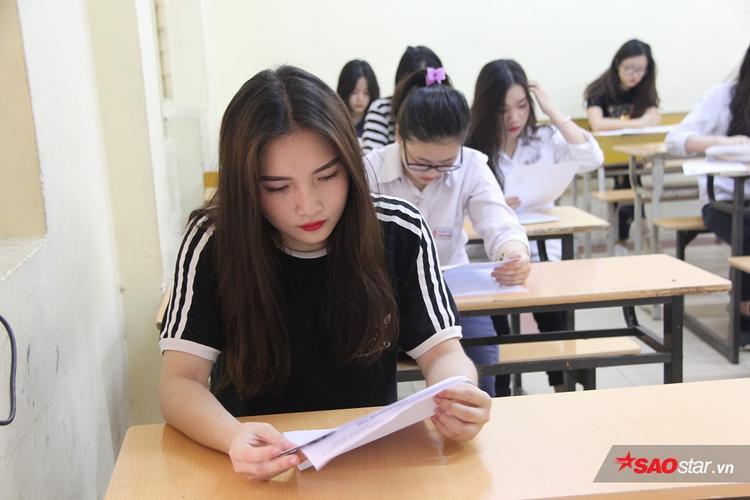 Thí sinh có nhan sắc nổi bật tại trường THPT Việt Đức.