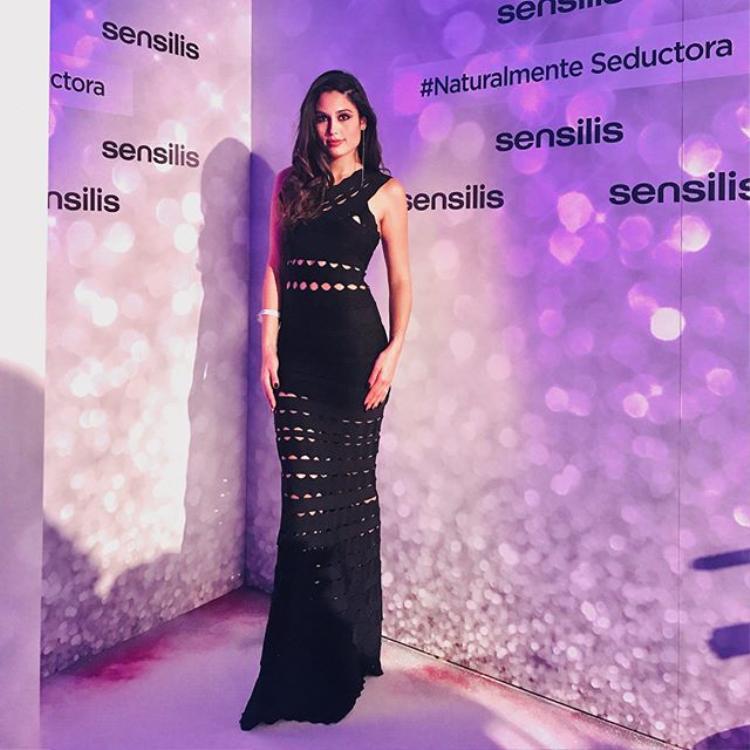 Mỹ nhân 28 tuổi hiện là một trong những Á hậu đẹp nhất trong lịch sử Miss Universe.