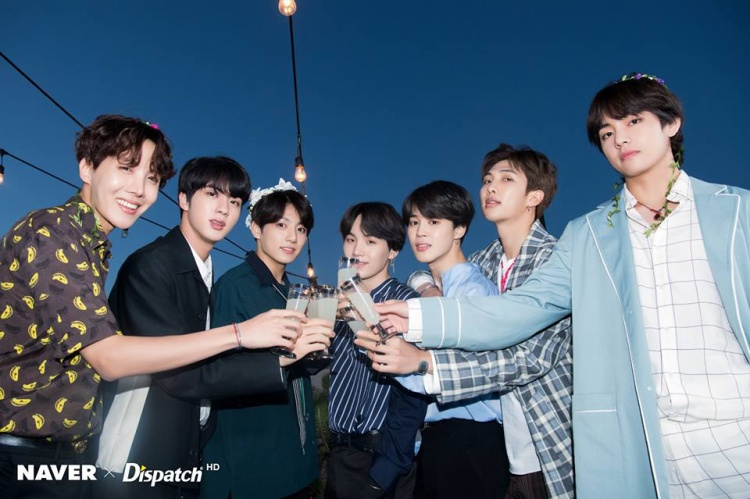 Dù không xuất hiện tại lễ trao giải nhưng BTS vẫn thản nhiên ẵm đến 4 cúp của Disney Radio Music Awards 2018.