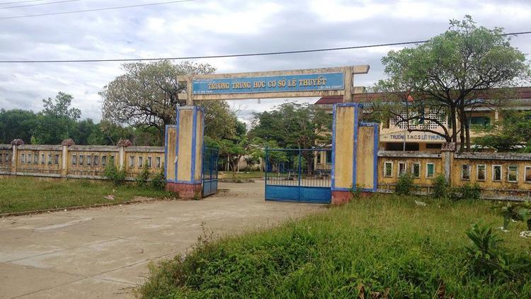 Trường Tiểu học Lê Thuyết- nơi xảy ra vụ cô giáo bị hiếp dâm giữa ban ngày. Ảnh: Dân Việt.
