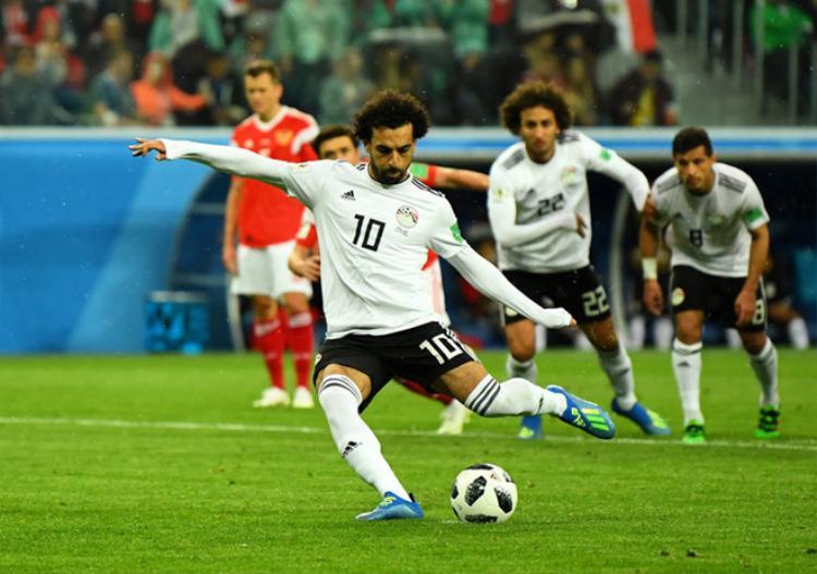 Mohamed Salah sẽ không từ giã đội tuyển quốc gia Ai Cập. Ảnh: AP.