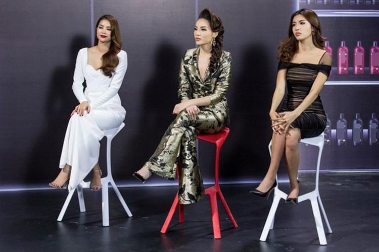 Với phong cách thời trang đa dạng và thú vị, Kỳ Duyên đang được đánh giá là gương mặt ấn tượng nhất dàn HLV The Look năm đó.