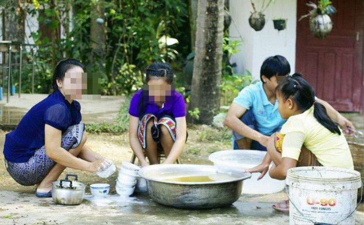Trước lễ cưới, chàng trai khiến bạn gái sốc với tuyên bố: Lấy vợ để hầu hạ gia đình!