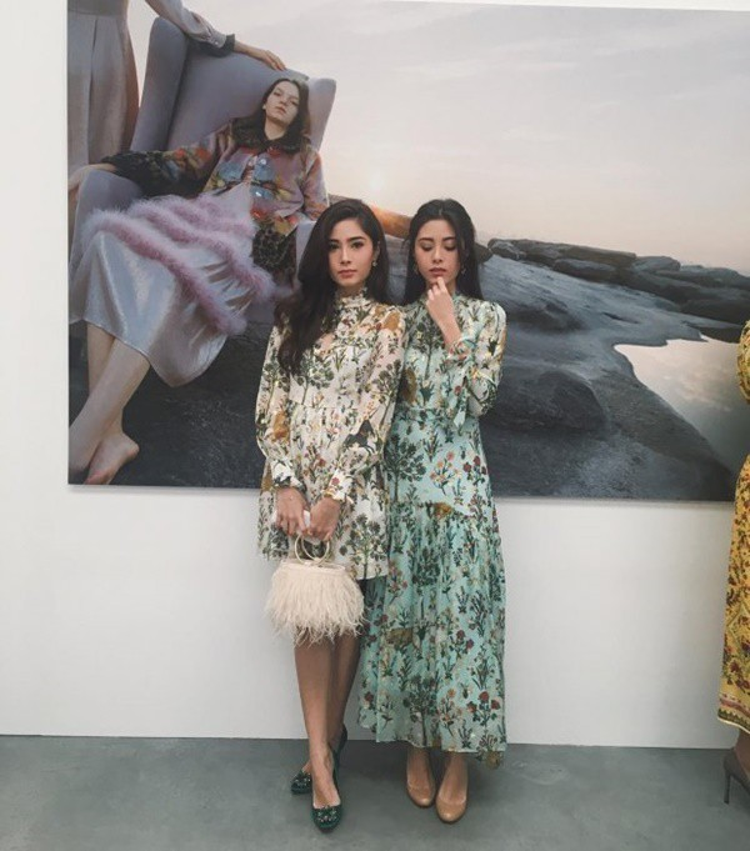 Xinh đẹp lại có gia thế khủng, cặp chị em sinh đôi người Thái được hâm mộ rần rần trên mạng xã hội