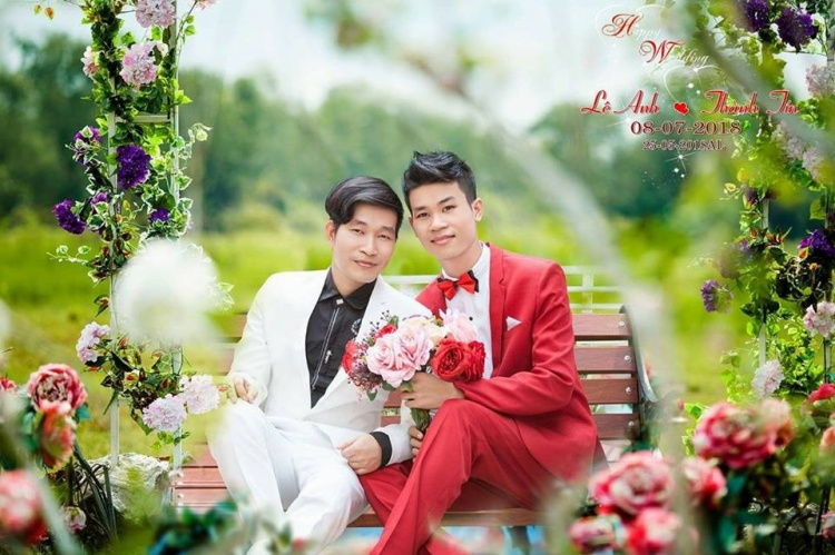 """Cặp đôi chia sẻ, họ sẽ tổ chức đám cưới ngọt ngào của mình vào ngày 8/7 tới đây. Đây là dấu mốc đặc biệt sau hành trình yêu suốt nhiều năm của cả hai, và cũng là ngày quan trọng để cặp đôi chính thức """"về chung một nhà""""."""