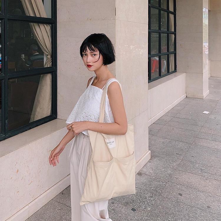 Hot girl Mai Kỳ Hân tỏa sáng cùng outfit cùng tông màu, được sử dụng chất liệu linen thân thiện môi trường.