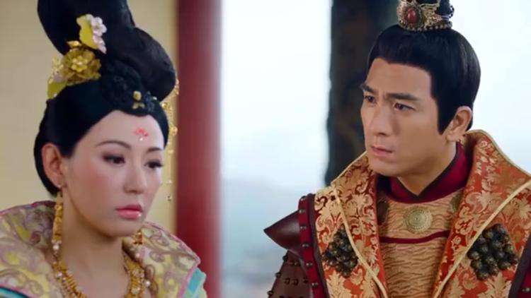 Nhậm Tam Thứ biết được tấm chân tình này của Cam Nhược Thiên qua miệng công chúa Linh Lung thì rơi nước mắt
