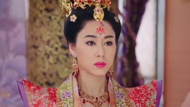 """Còn Hoàng hậu khi nghe tin Trịnh Chiêu Nghi mang long thai thì đương nhiên như """"sét đánh ngang tai"""""""