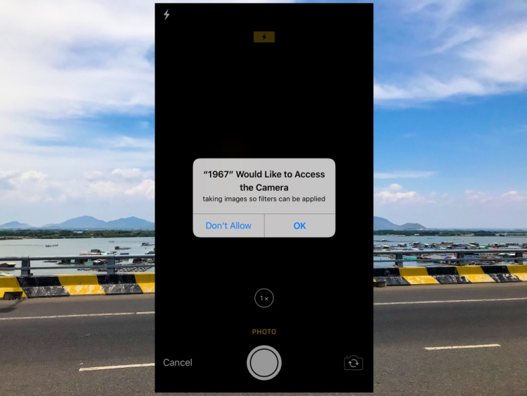 Nếu chọn chụp ảnh trực tiếp, ứng dụng sẽ đòi hỏi bạn quyền truy cập camera.
