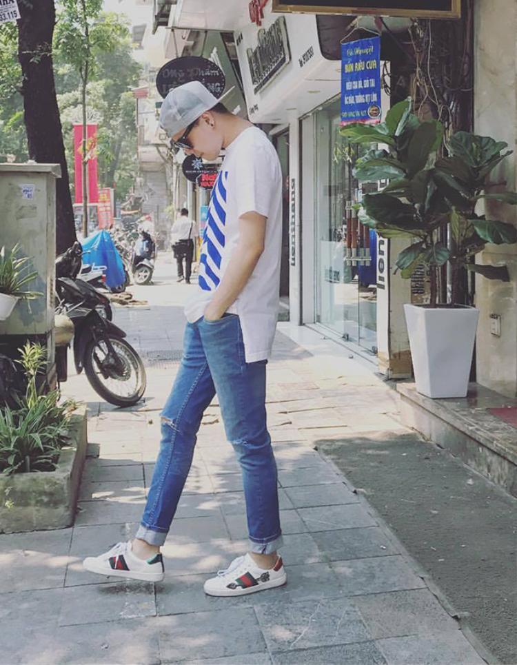 Phong cách đời thường của Trịnh Thăng Bình cũng đẹp và nam tính, thời trang