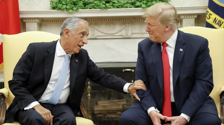 Tổng thống Mỹ Trump đón tiếp người đồng cấp Bồ Đào NhaMarcelo Rebelo de Sousa tại Nhà Trắng. Ảnh: CNN
