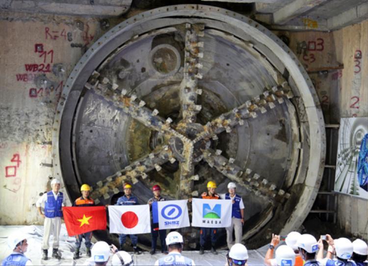Hầm metro thứ hai của tuyến metro Bến Thành - Suối Tiên về đích sau 5 tháng. Ảnh:Hữu Công.