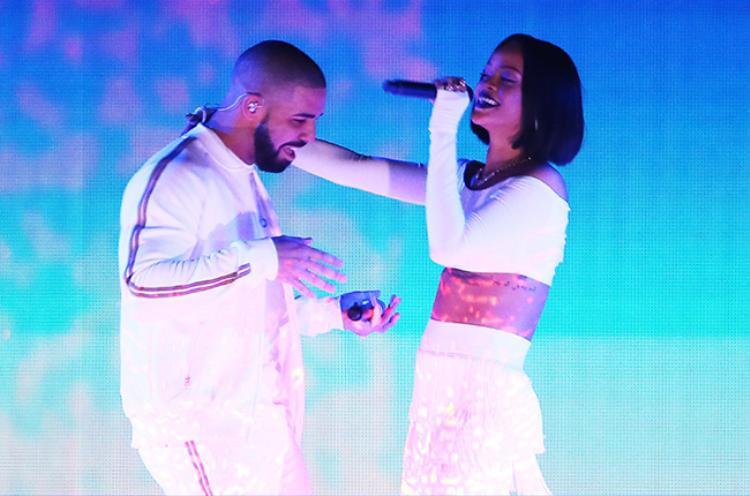 Rihanna và Drake đã có 7 năm tình bạn bên nhau và hợp tác ra mắt nhiều ca khúc.