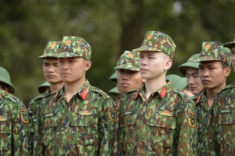 Sự nghiệp của Hoàng Tôn cũng có thêm những kỷ niệm đáng nhớ với Sao nhập ngũ.