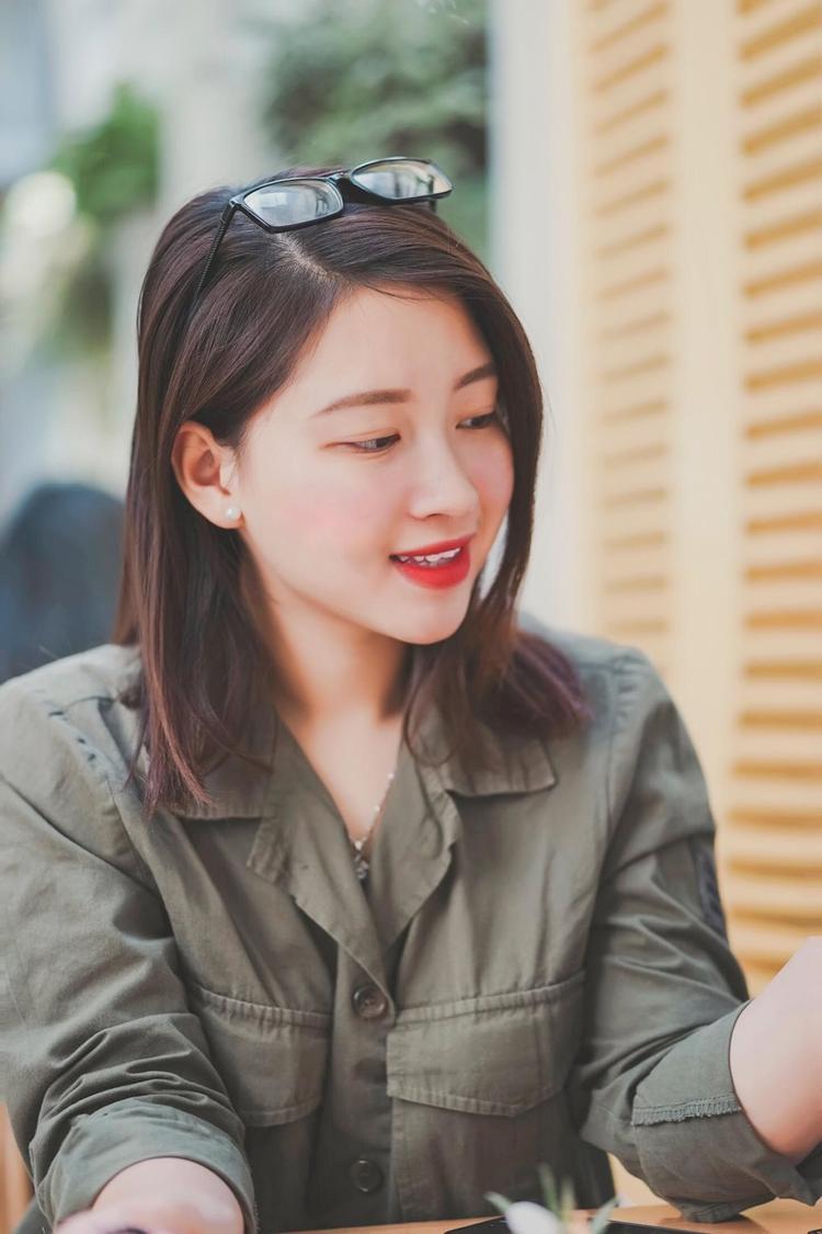 Thái Hà cho biết từ khi còn nhỏ đã rất yêu thích màu áo lính nên quyết tâm thi vào trường ĐH Văn hóa Nghệ thuật quân đội