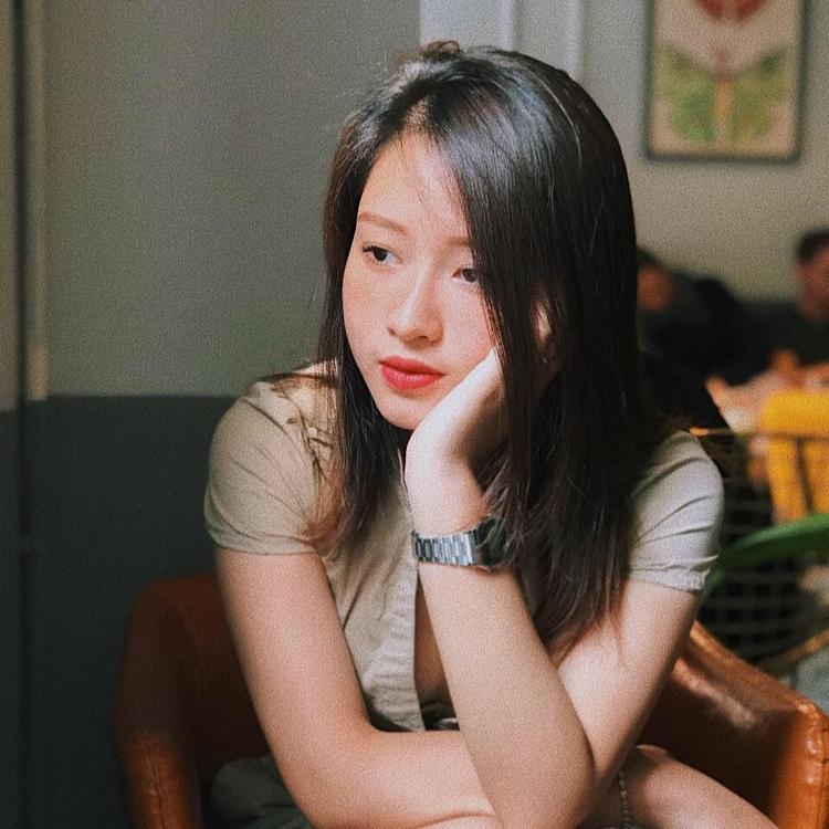 Hotgirl Văn hóa Nghệ thuật Quân đội từng làm bồi bàn, pha chế để nuôi đam mê âm nhạc