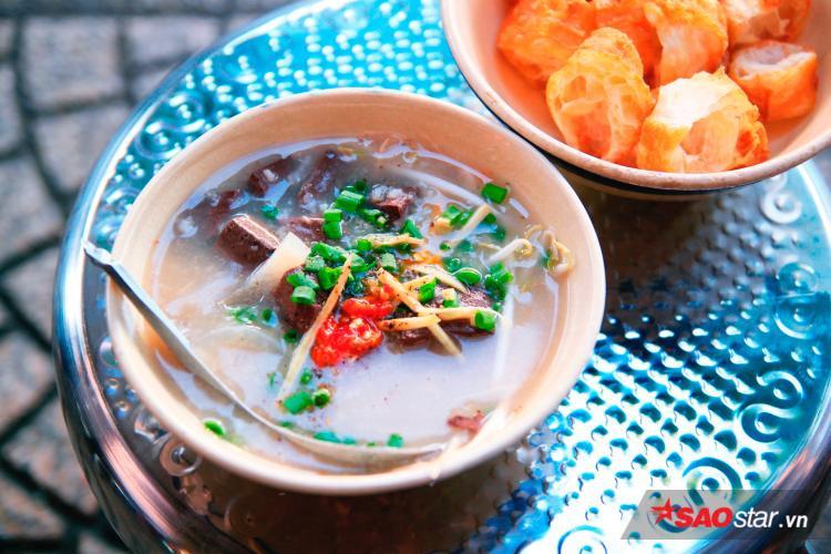 Thật không ngoa khi nói rằng: Bữa sáng ở quán Tư là rẻ nhất Sài Gòn.