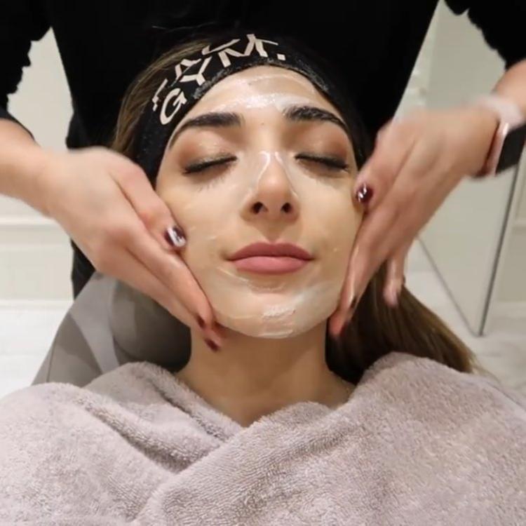 Bước 4: ( relaxing): massage nhẹ nhàng.