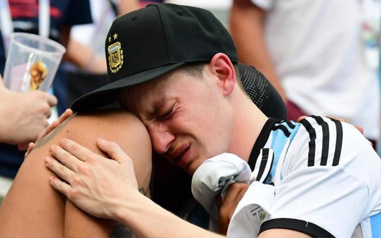Argentina bị loại ngay ở vòng 1/8. Ảnh: Getty.