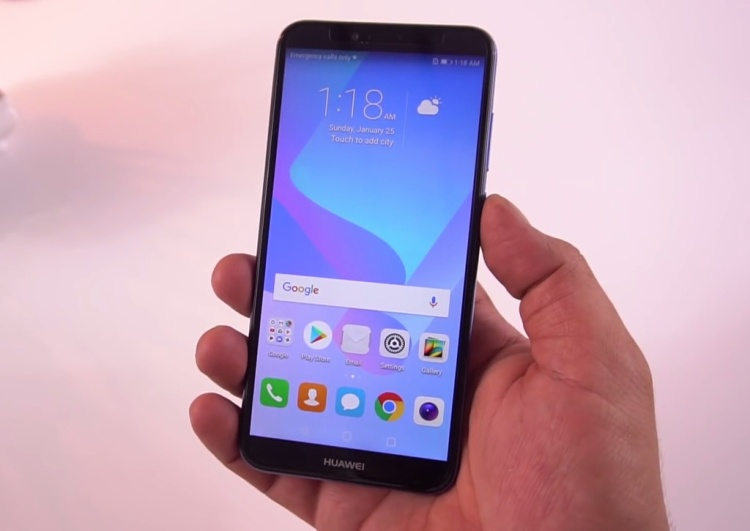 Huawei Y6 Prime (3,3 triệu đồng) - Máy được thiết kế đi theo xu hướng màn hình tràn viền, tỷ lệ 18:9. Bên cạnh đó, Huawei Y6 Prime được trang bị cả cảm biến vân tay và khả năng nhận diện khuôn mặt cho phép người dùng có thể bảo mật các thông tin trong máy tốt hơn.