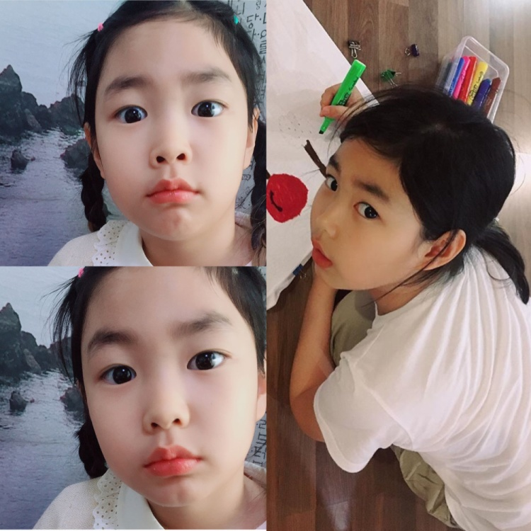 Bé Haru là con gái của ca sĩ hiphop Tablo và nữ diễn viên Kang Hye Jung.