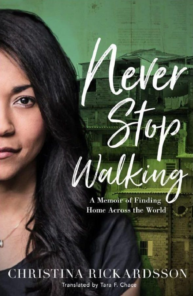 Christina sẽ có chuyến quảng bá vòng quanh thế giới cho cuốn sách kể về cuộc chiến sinh tồn thời thơ ấu của mình.