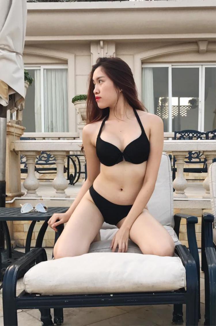 Vẻ cá tính, sành điệu, gợi cảm của Thanh Huyền luôn thu hút sự chú ý mỗi lần cô xuất hiện