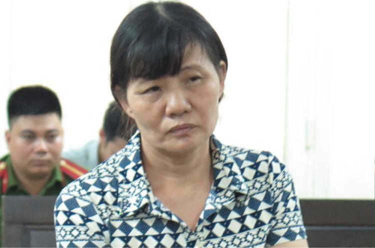 Nữ bị cáo Trần Thị Sáu tại tòa. Ảnh: Vnexpress.