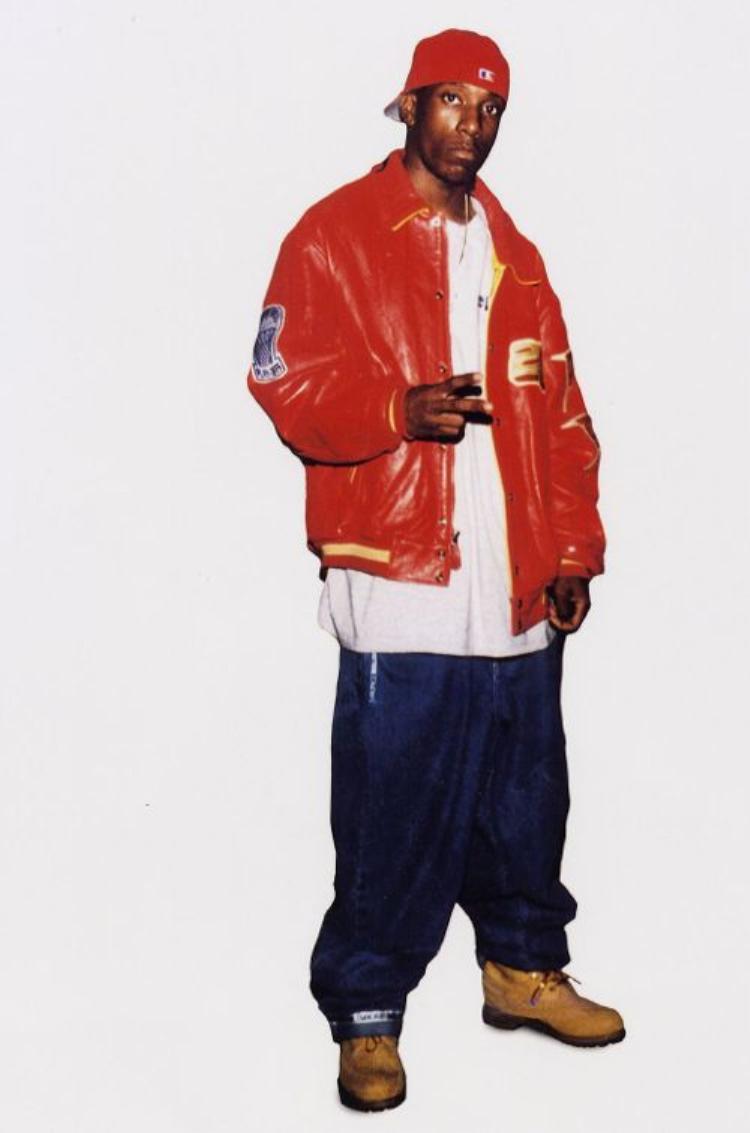 Ngày 15/2/1999, Big L (25 tuổi) bị bắn 9 lần vào mặt và ngực ở Harlem.