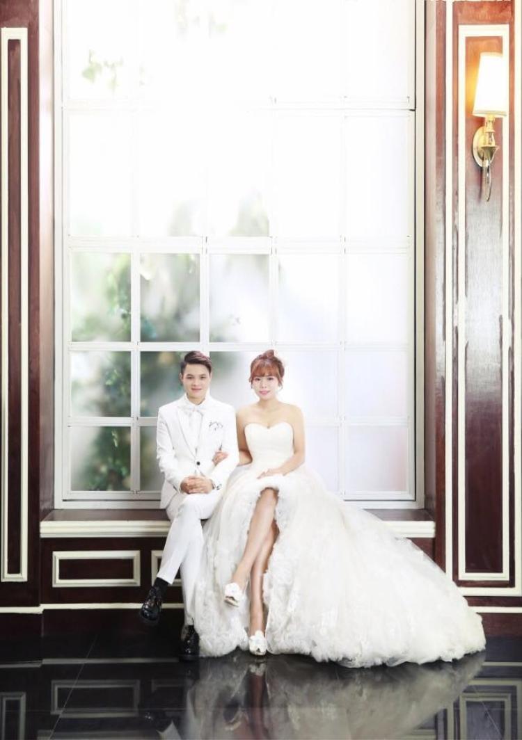 Chuyện tình 6 năm với đám cưới ngọt ngào của cặp đồng giới nữ 9X từng một lần đò