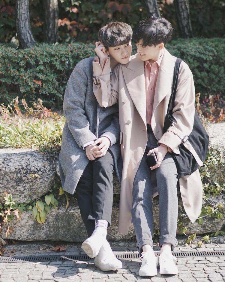 """Style Hàn Quốc """"siêu ciu"""" phần nào tô thêm vẻ đáng yêu của cặp đôi"""