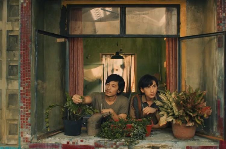 Câu thoại này của Isaac khiến khán giả nghi vấn Song Lang lại là phim xuyên không như Cô Ba Sài Gòn?