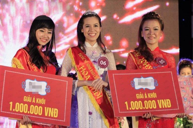 Người đã đăng quang ngôi vị Hoa khôi của cuộc thi Tài sắc nữ sinh Báo chí 2013 chính là Trần Huyền Anh, sinh năm 1994
