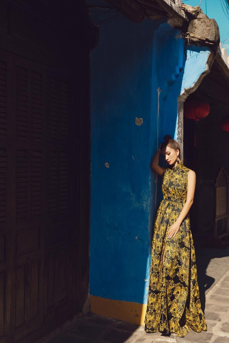 """Kim Tuyến cho biết không chỉ một lần, sẽ còn rất nhiều lần nữa cô muốn được """"Lạc lối ở Hội An"""" cùng ê-kíp hoặc những người bạn thân."""