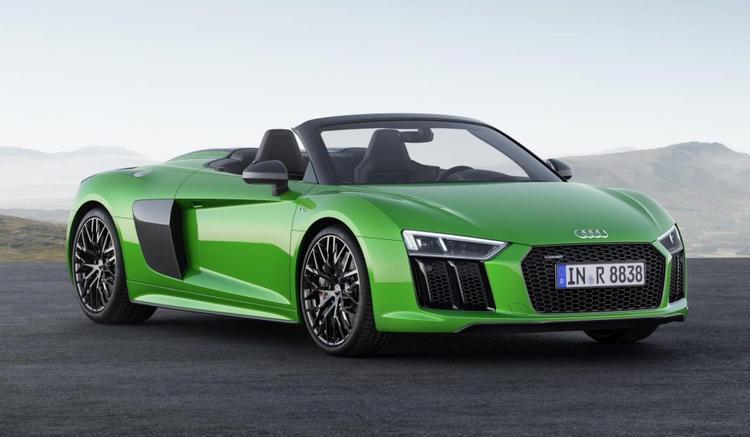 Audi R8 cũng là một lựa chọn được yêu thích.