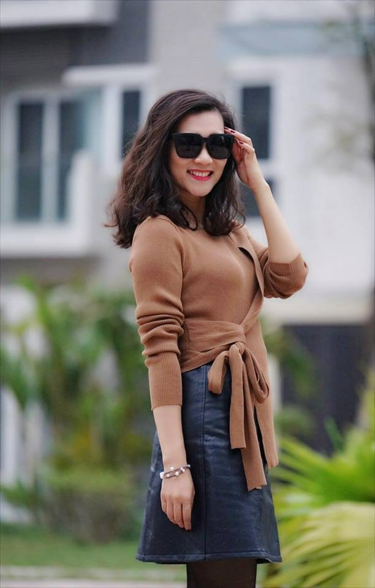 BTV Khánh Trang tên thật là Trần Minh Trang, sinh năm 1984.