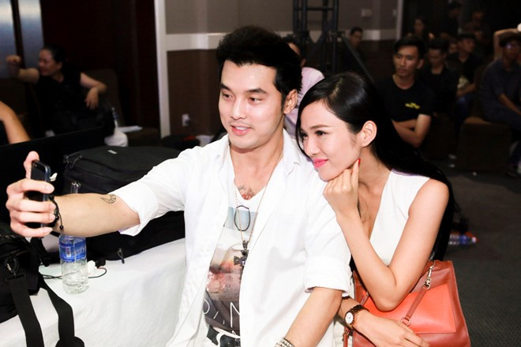 Kim Cương và Ưng Hoàng Phúc hạnh phúc bên nhau.