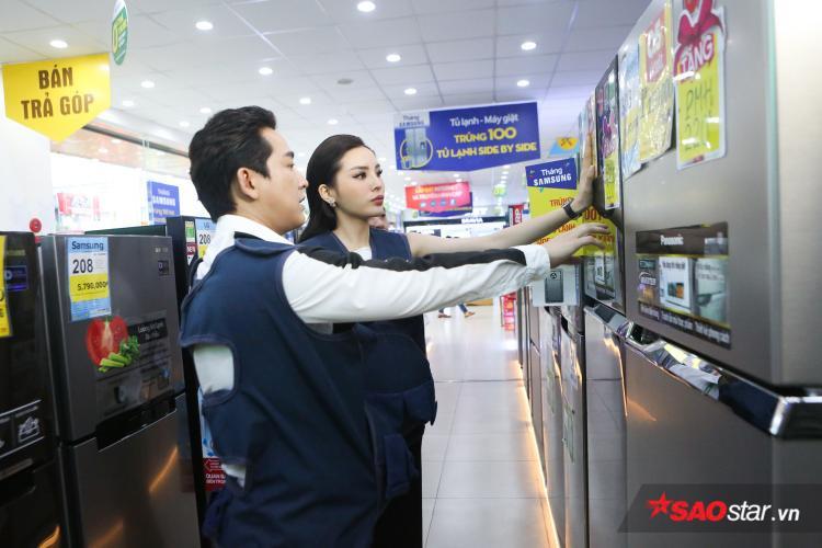 Hứa Vĩ Văn - Kỳ Duyên lựa chọn loại tủ lạnh chất lượng.