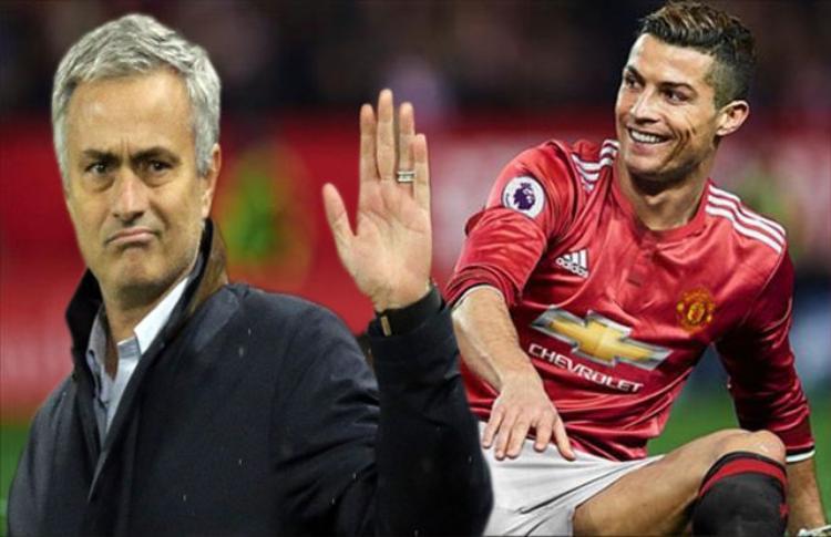 Jose Mourinho không muốn chiêu mộ Ronaldo.