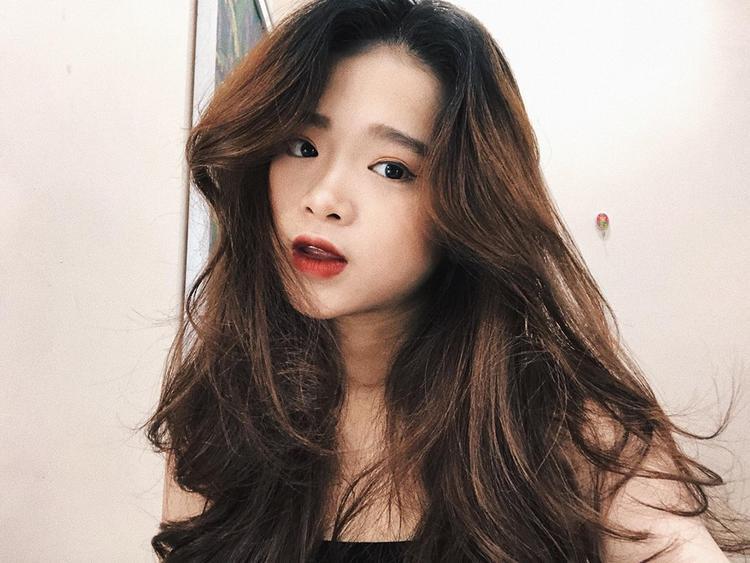 Linh Ka  từ hotteen nhiều tai tiếng đến hình ảnh nữ sinh trưởng thành kiểu chín ép như hiện tại